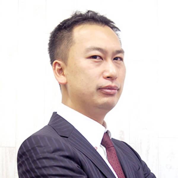 山田 良介